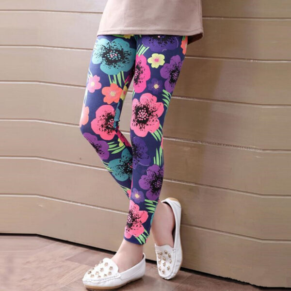 Classic Girl's Printed Leggings Refuse You Lose color: Balloon cartoon|Big flower|Cartoon|Colorful stripes|digital|doodle flower|dot swan|footprint|Graffiti|Houndstooth|Ink flower|love|number 17|Small animals|Square lattice|Striped leaves|Vertical stripes|white bear|white flower|Leopard